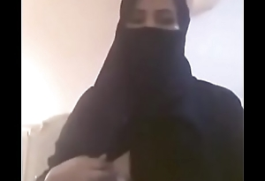 arab hot girl tits
