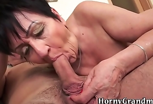 Granny gets pussy spunked