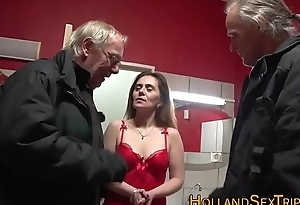 Mature whore receives railed
