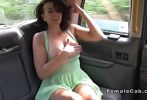 Inked cab driver licks babes pussy