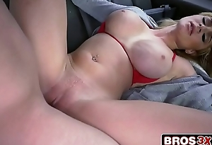 Busty Blonde Amateur Skyla Novea Getting The Bus Ride Of Her Limits