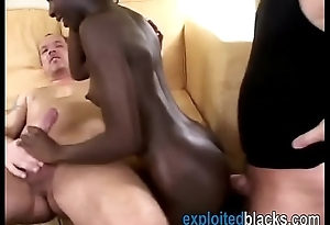 Black hottie handles two pallid cocks in threeway