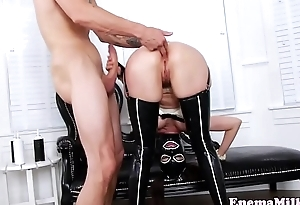 Masked enema babe buttfucking and squirting